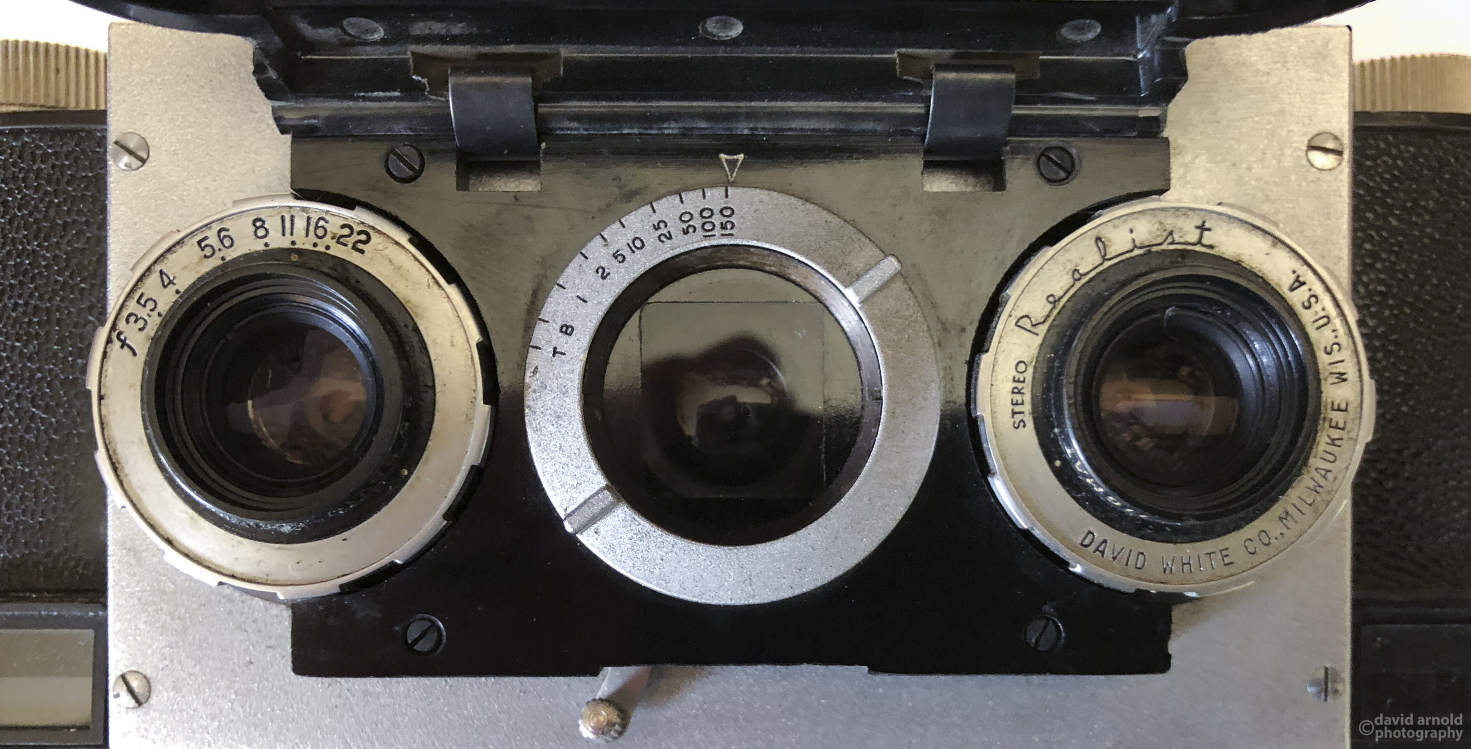 Stereo (right and left and Range Finder (center Lens